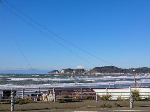 02荒れた海