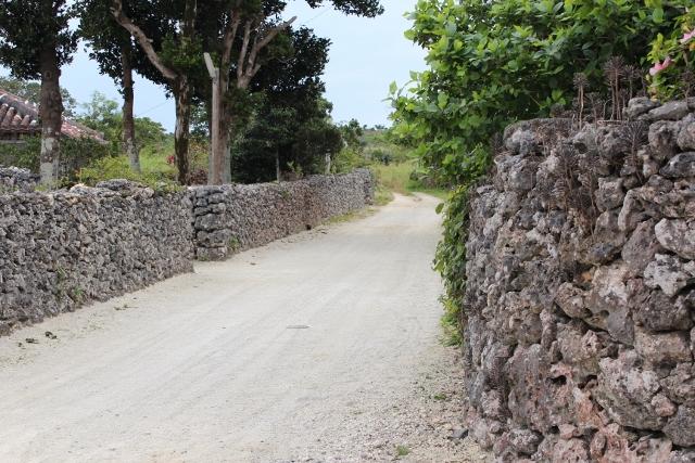 石塀 (640x427)