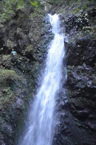 20131123塩川の滝05