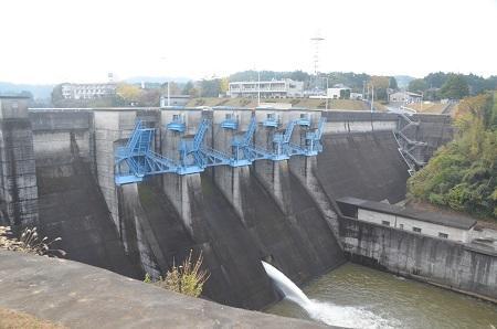 20141121亀山湖・亀山ダム05