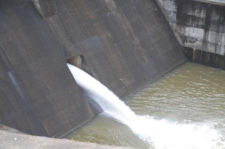 20141121亀山湖・亀山ダム04