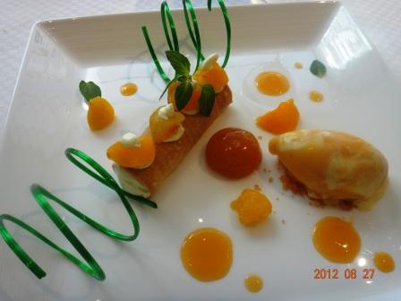 デザート 杏のカネロニ