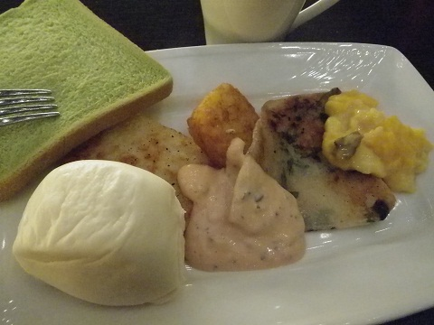 台中ホリデイインホテル「朝食ビュッフェ」