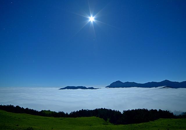 雲海の夜(1)