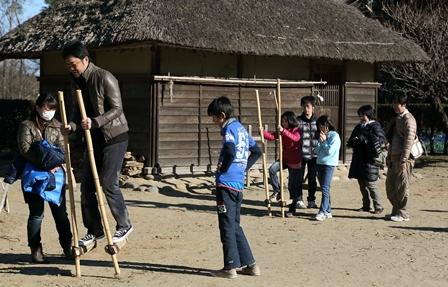 2011-10-08 華3044