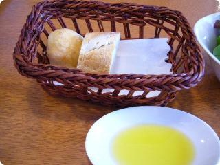 Cocco パンとオリーブオイル