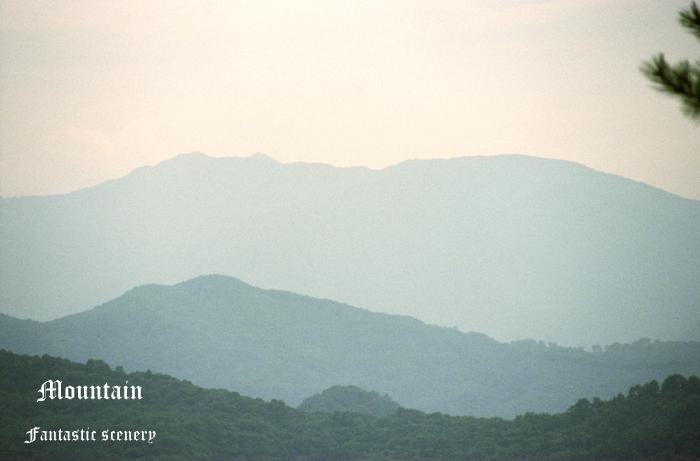 Mountain2_20100814211333.jpg