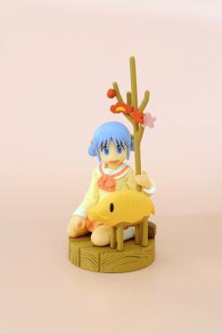 2012年1月号付録のフィギュア「みお+猪」。