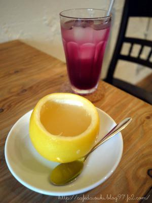 Cafe Tomochito◇まるごとグレープフルーツゼリー&自家製赤しそドリンク