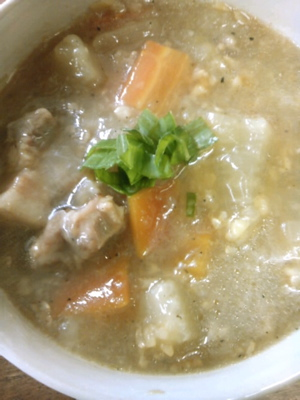玄米と根菜のスープ
