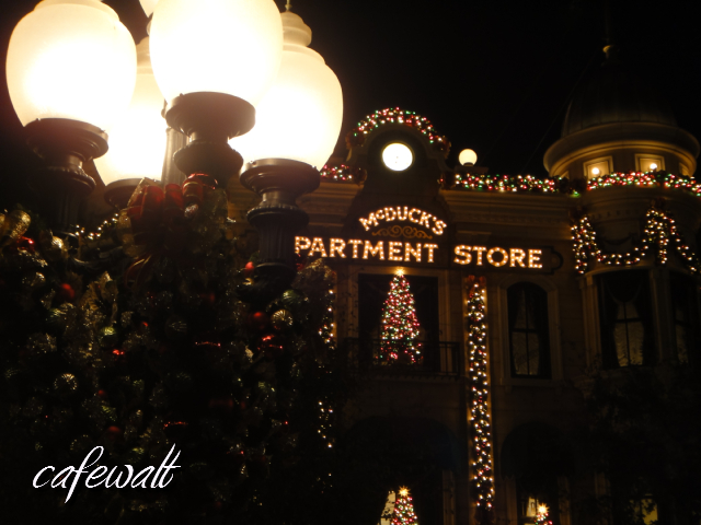 TDS American Waterfront Christmas 2013-2