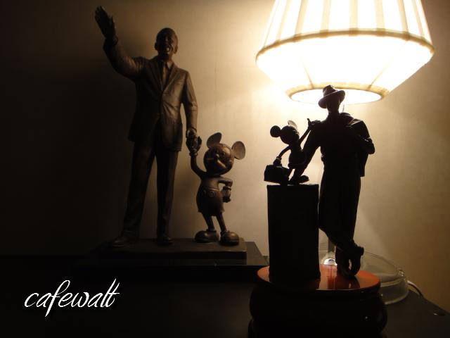 Storytellers statue 7