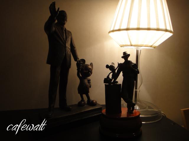 Storytellers statue 8