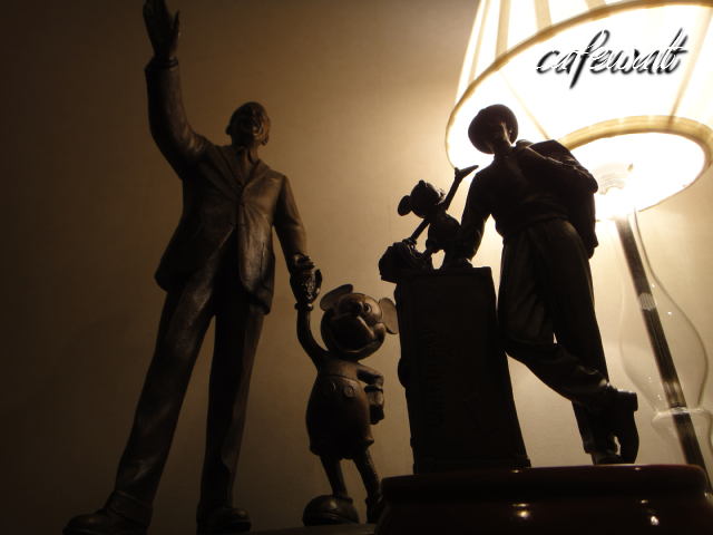 Storytellers statue 9