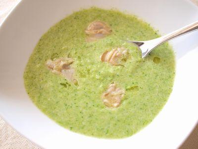 ブロッコリーとハマグリのスープ