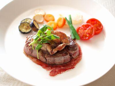 牛フィレ肉とフォアグラのソテー