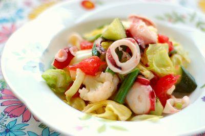 タコとイカのマリネ風サラダ