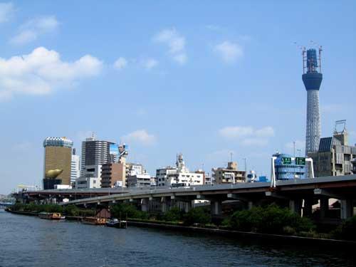 隅田川から見たスカイツリー