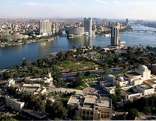 ナイル川とカイロ市内