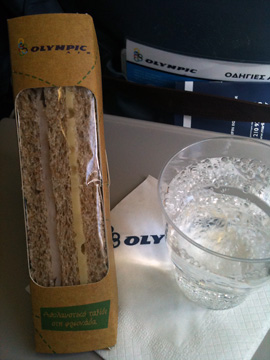 アテネ-リムノス機内食