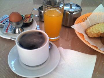 4ユーロの朝食