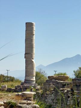ヘラ神殿の柱