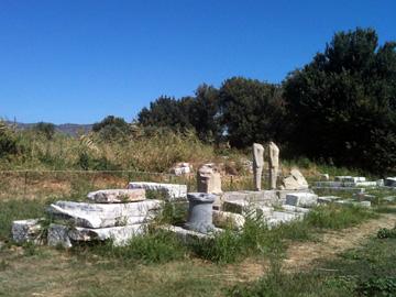 Geneleos一族の像があった場所