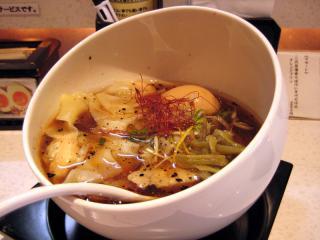 201009_kei-ebi-naname.jpg