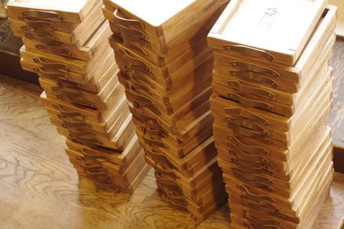 ハンドメイドな福袋セットの木製トレー