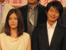 NHK大河゛江」の製作発表。隣は夫・秀忠役の向井理