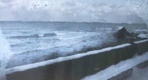 車中から見る日本海