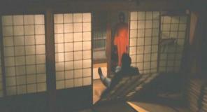 体ごとふすまに倒れる鵜飼宗一郎