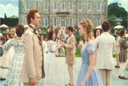 ダンスの相手をするアリス