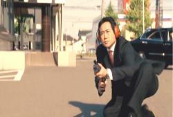 青柳を撃つ男
