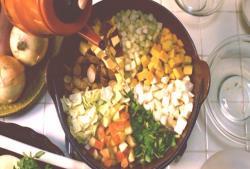 いろんな野菜を煮込み