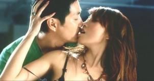 もう一人の恋人とキス