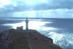 逃亡の果ての灯台