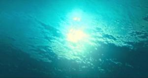 海から見える空