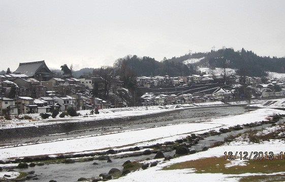 坂の街冬景色