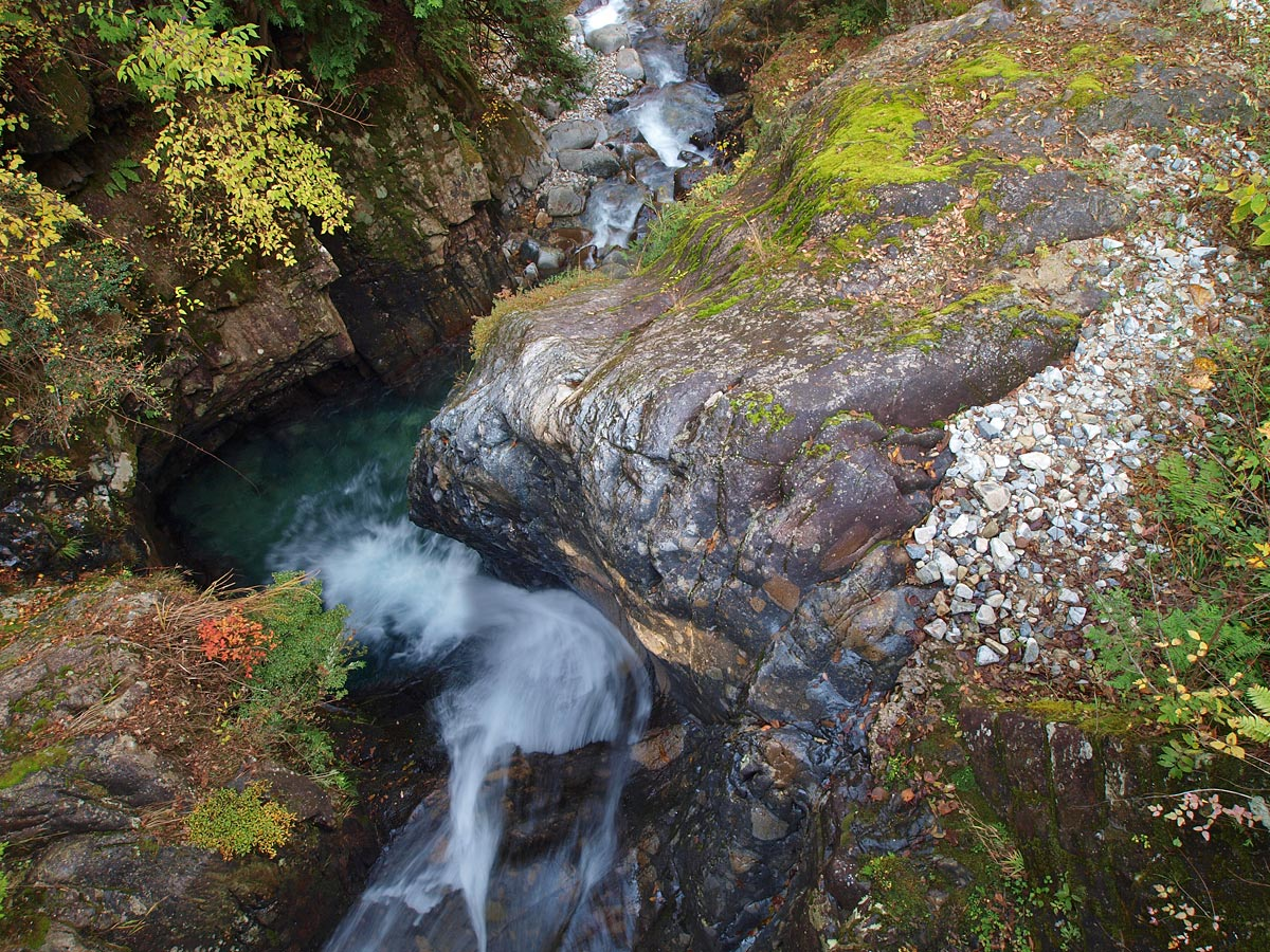阿寺渓谷 樽ヶ沢の滝