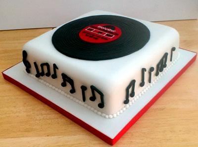 レコードケーキ