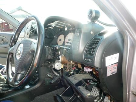 CN9A 運転席