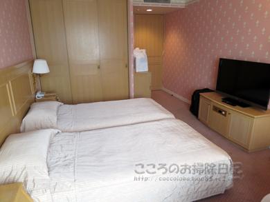 fujikyu026-2012.jpg