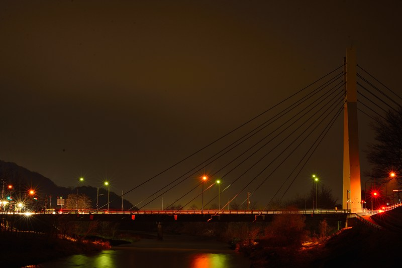 トワイライトブリッジ