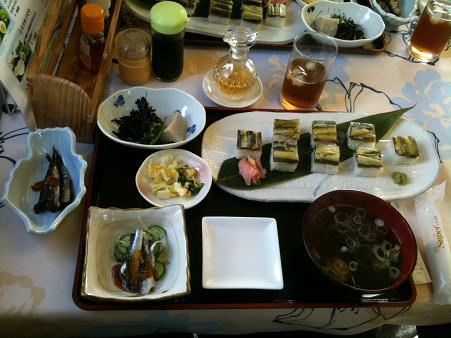 ひしこ寿司定食