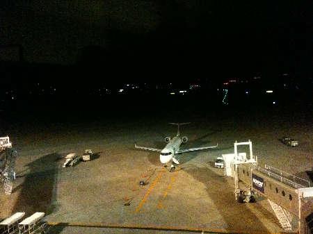窓から空港