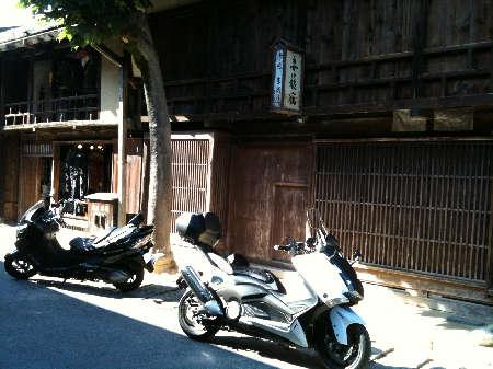 妻籠とバイク2