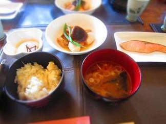 朝食は和食でした