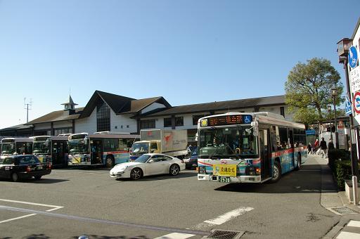 111210-10kamakura station02