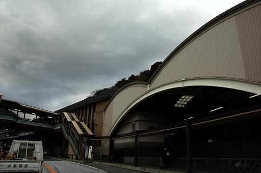111223-01hakone yumoto station
